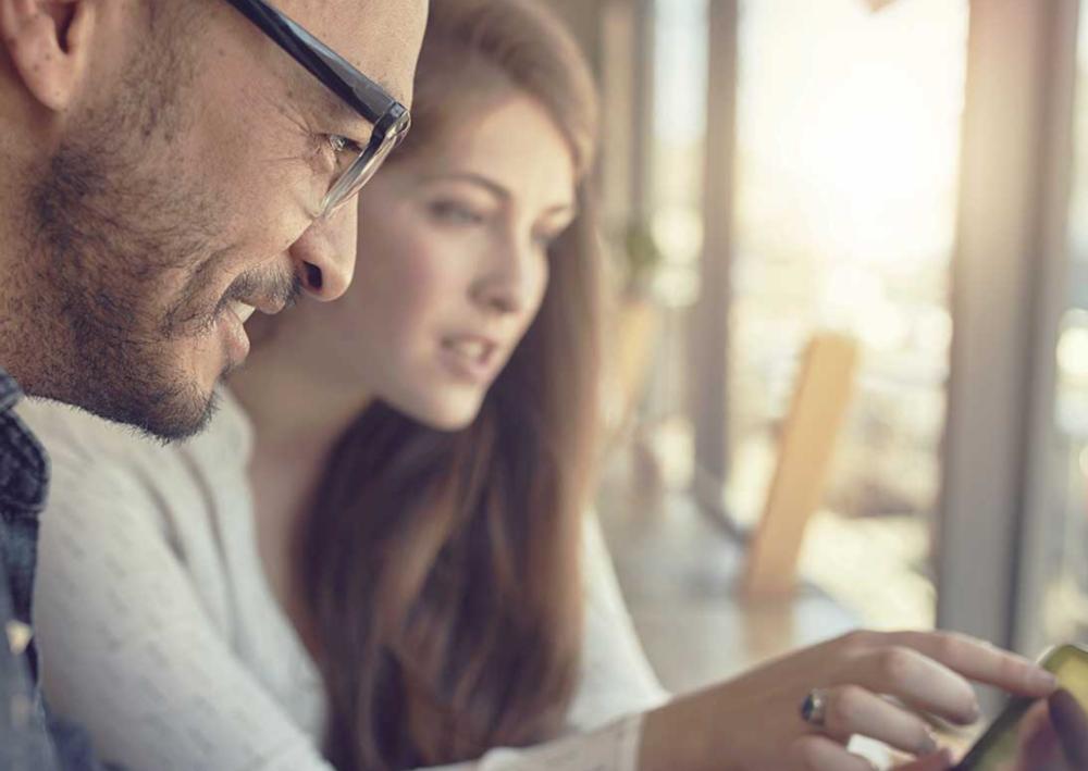 04.LEVÉE DE FONDS - Les Business Angels qui correspondent le mieux aux critères de votre startup (secteurs d'activité, stade de maturité, montant recherché, localisation géographique, expérience professionnelle…) sont notifiés de votre recherche de fonds.Dès que nous recevons des marques d'intérêt de Business Angels pour votre startup, vous etes informé en ligne. Les mises en relation sont faites de manière personnalisée par notre équipe.Une fois les mises en relation effectuées, c'est à vous d'initier le contact avec les Business Angels et de fixer des rendez-vous. Nous ne vous accompagnons pas aux rendez-vous, mais nous restons en contact régulier pour maximiser vos chances de séduire les Business Angels et de boucler la levée de fonds dans les meilleures conditions.Nous vous accompagnons jusqu'au closing de la levée de fonds. Et nous gardons même contact après !