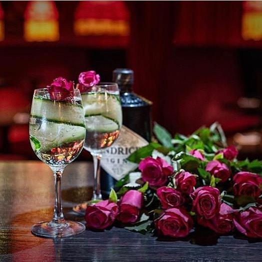 Happy Valentines day ❤️ Vi har masser af hjerterum til søde par og skønne singler 💞 Ses vi på #pinchonationdk ? #valentinesisforeveryone #hjerternesdag ❤️❤️❤️
