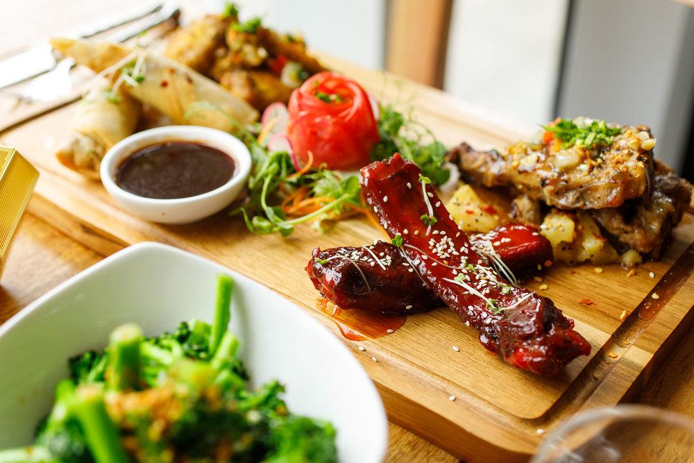 Sabai Sabai meat platter