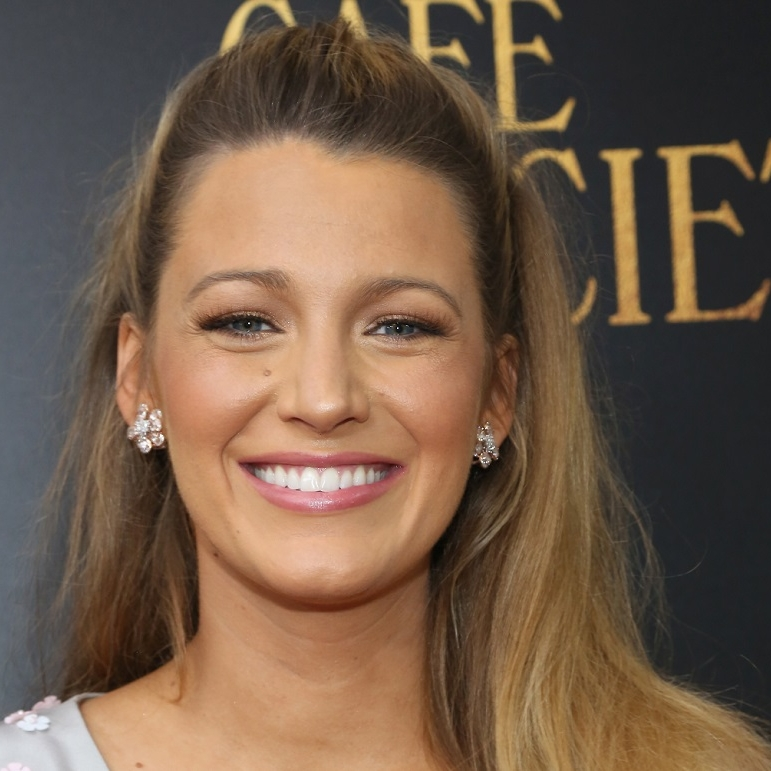 blake-lively-red-carpet.jpg