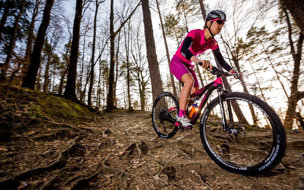 Daniela-Kratz-Mountainbike-Foto-Graz-by-rawpix.at-8591.jpg