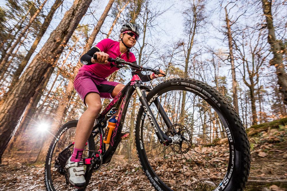 Daniela-Kratz-Mountainbike-Foto-Graz-by-rawpix.at-8554.jpg