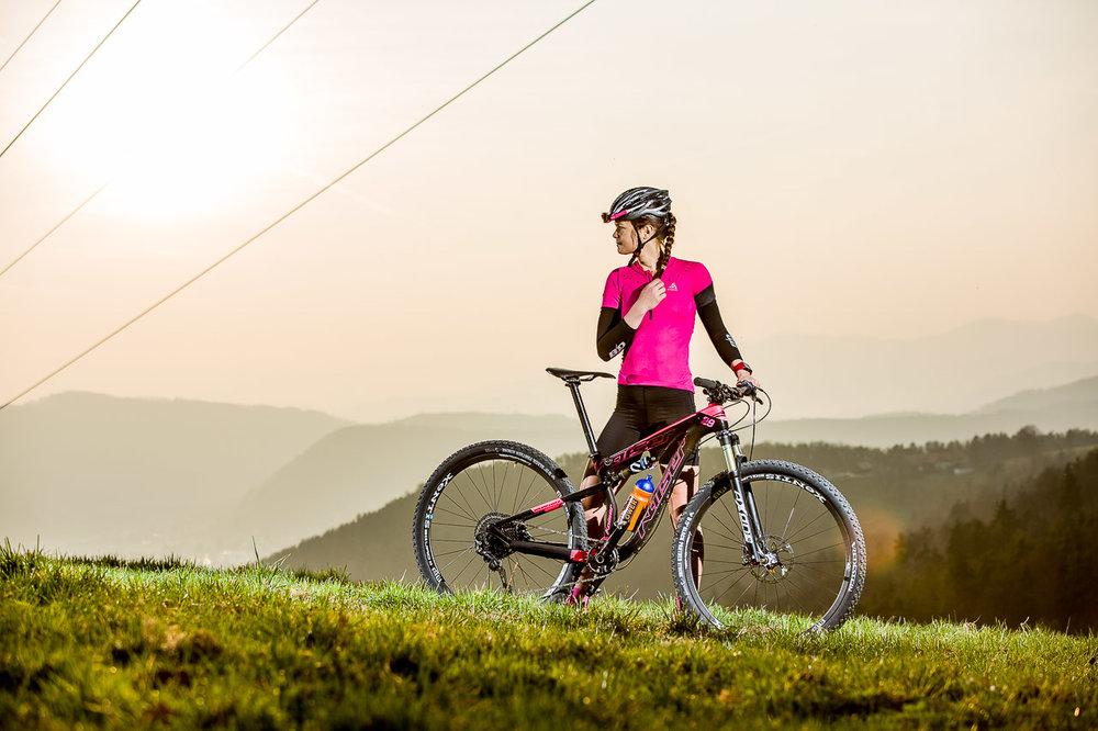 Daniela-Kratz-Mountainbike-Foto-Graz-by-rawpix.at-8716.jpg