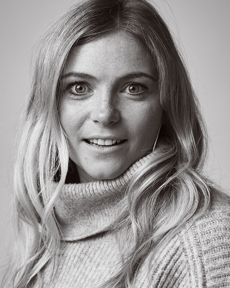 Annabel Seel - Travel   Bella is an off-piste ski specialist with a true love of all things alpine. As our in-house travel specialist, she is on-hand to give the very best travel access and advice. She is one of the world's youngest female ski instructors to be fully certified in all the French, Swiss and British systems and spent over 10 years working in the Alps. Bella also runs an associated company, ALS Private, where she specialises in unique skiing adventures.