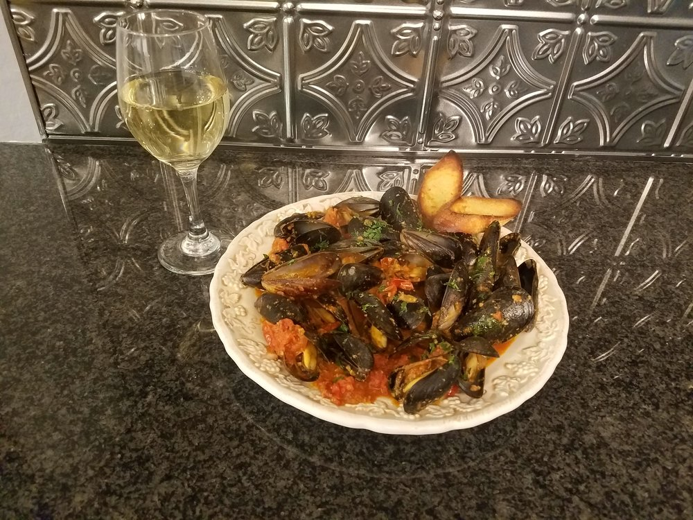 MUSSLES WITH CHORIZO