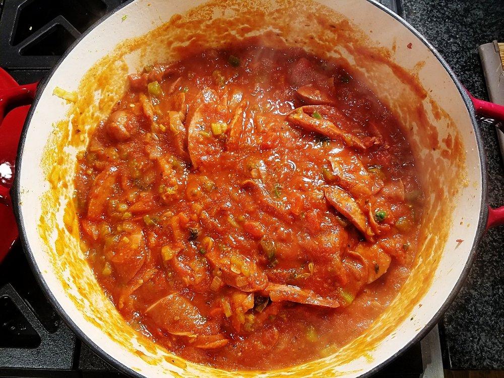 Tomato sauce sausage peppers