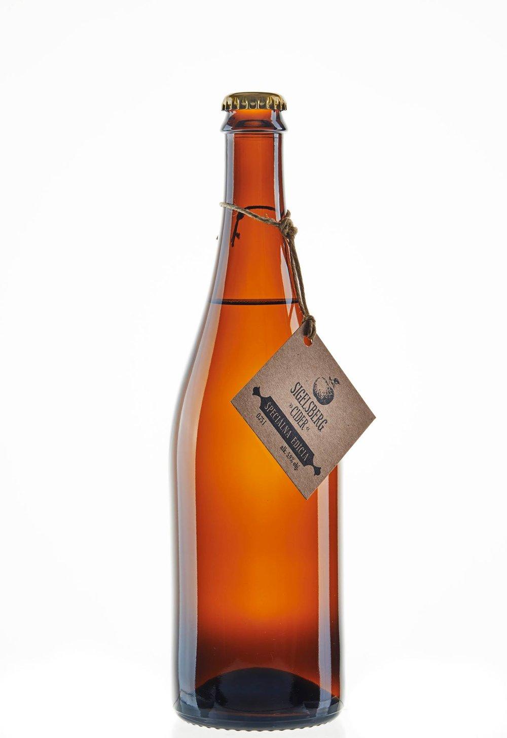 """Jablčný cider """"Špeciálna edícia"""", fľaša 0,75 l - 5,90€"""