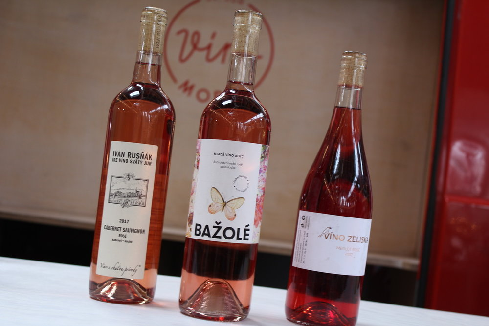 Ružové víno - 1,75€/1dcl, 10€/fľ