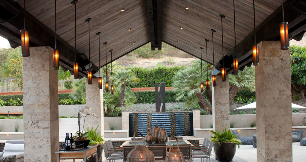 Hollywood Glamour Outdoor Living
