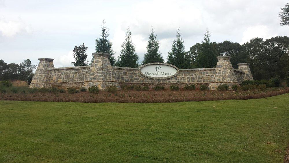 Oakleigh Manor