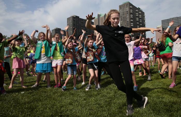 utopia entertainment at girl scouts.jpg