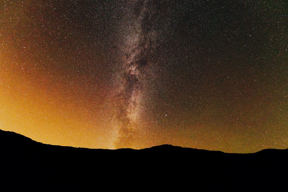 Another old shot, re edited for colour accuracy. Red and green airglow around the milky way. 14mm f/2.8