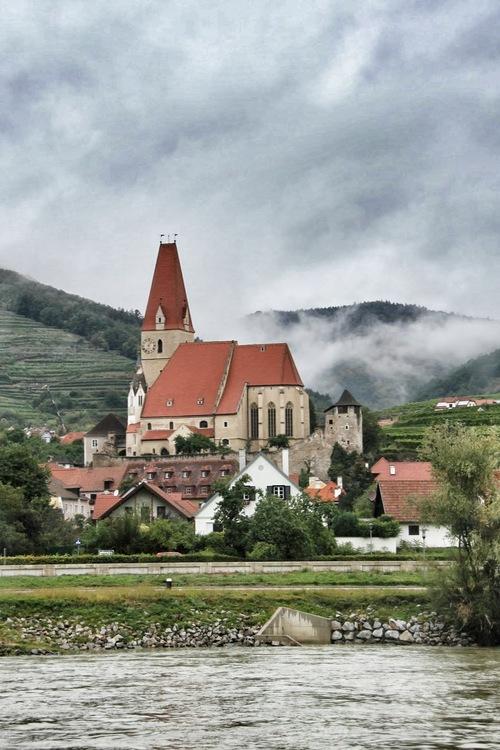 Melk,+Wachau+Valley+35.jpg