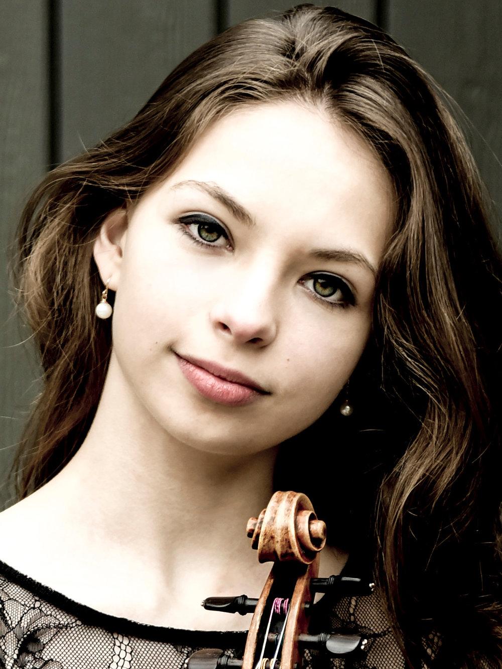 """Tatjana """"Tanja"""" Roos, violin"""
