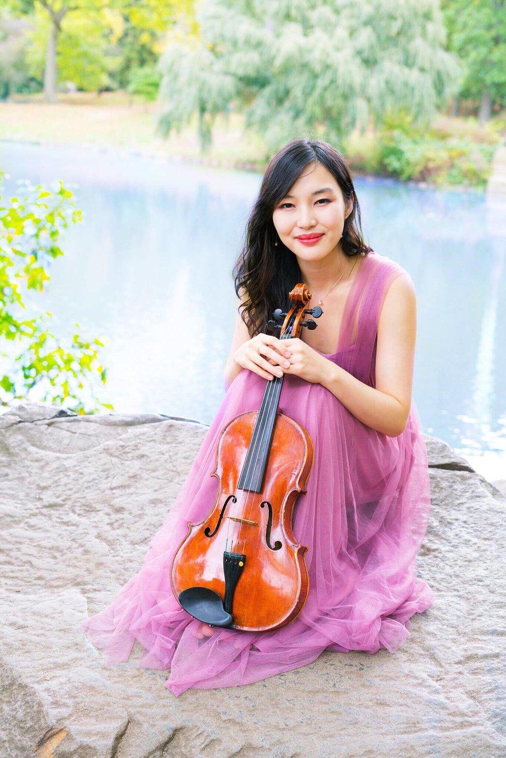Hayaka Komatsu, viola