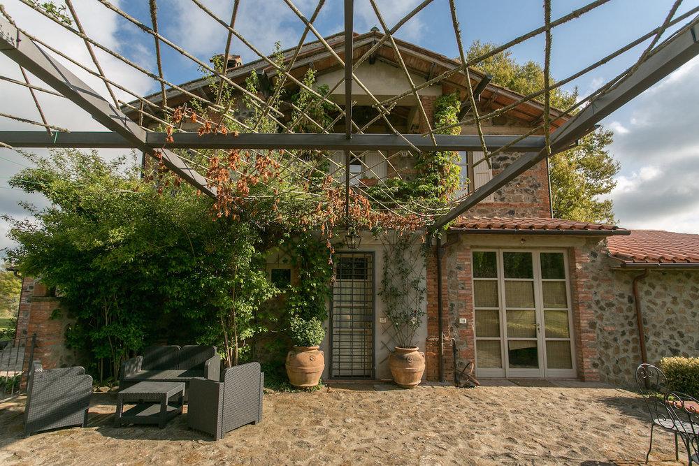 villa_casa_mia_patio.JPG