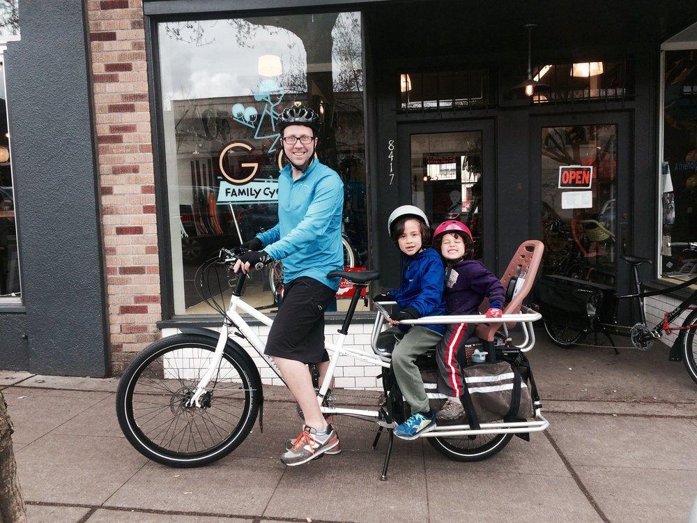 d65ec260356 Thule Yepp Nexxt Maxi — G O Family Cyclery