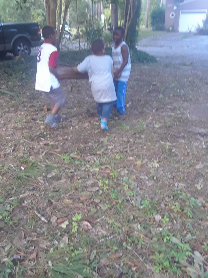 innovative dads is helping clean up gainesville - Innovative Dads has been out helping people in Gainesville since Irma struck, and is continuing to help those affected.