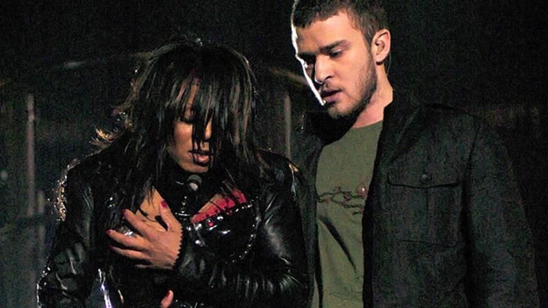 Justin Timberlake and Janet Jackson after the warbled malfunction in 2004. Photo via  Rolling Stone.