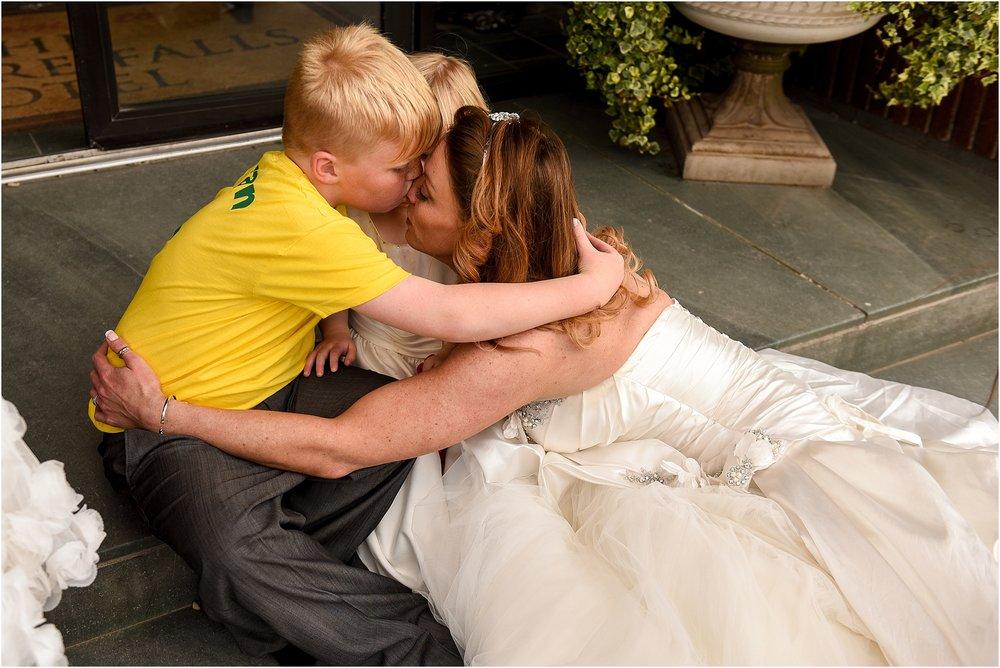 lodore-falls-hotel-wedding- 075.jpg