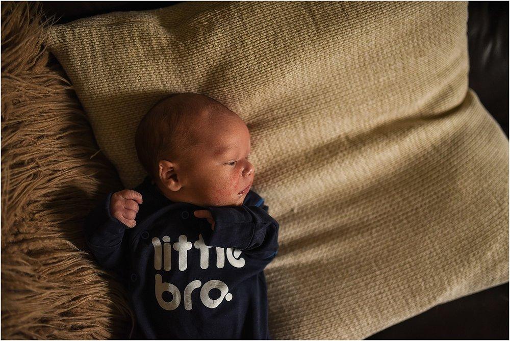 lancashire-family-portraits-documentary-newborn-18.jpg