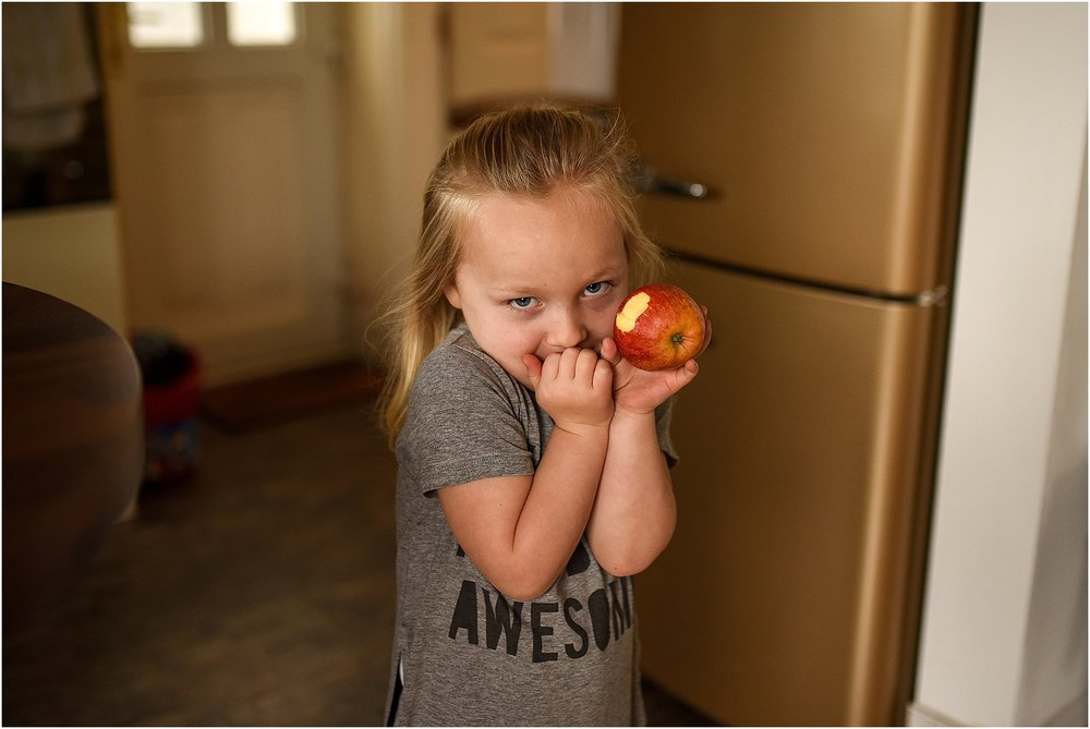 lancashire-family-portraits-documentary-newborn-02.jpg
