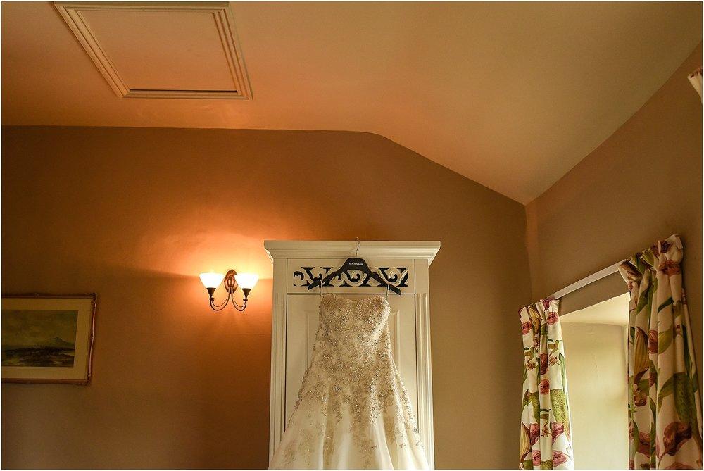 browsholme-hall-wedding-photography-017.jpg