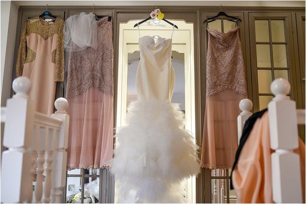 thornton-manor-wedding-photography-009.jpg