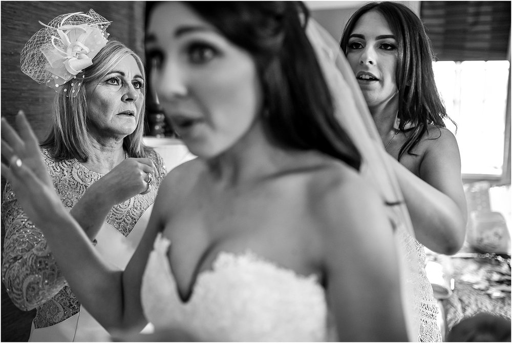 thornton-manor-wedding-photography-020.jpg