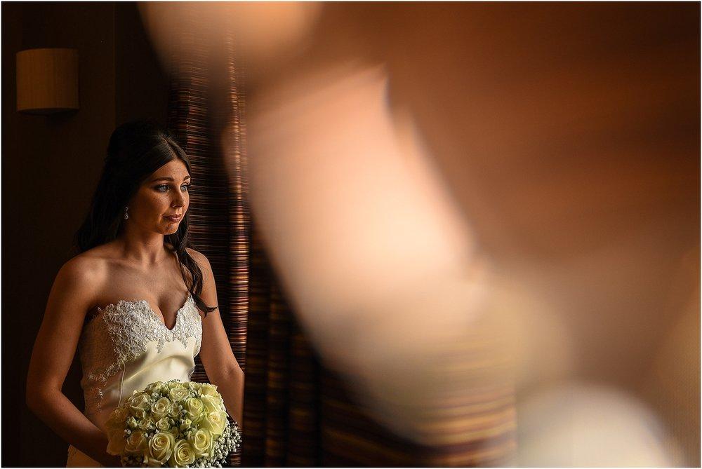 thornton-manor-wedding-photography-021.jpg