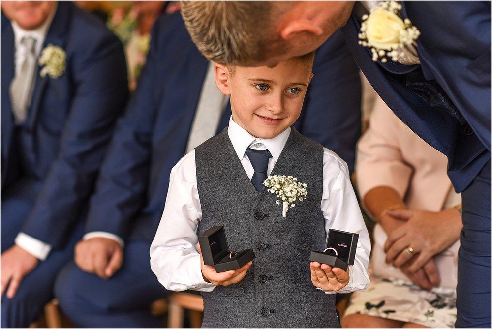 thornton-manor-wedding-photography-025.jpg