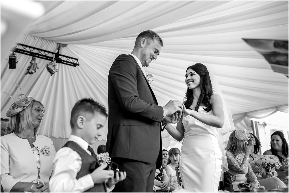 thornton-manor-wedding-photography-029.jpg