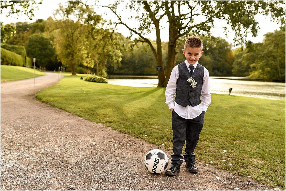 thornton-manor-wedding-photography-043.jpg