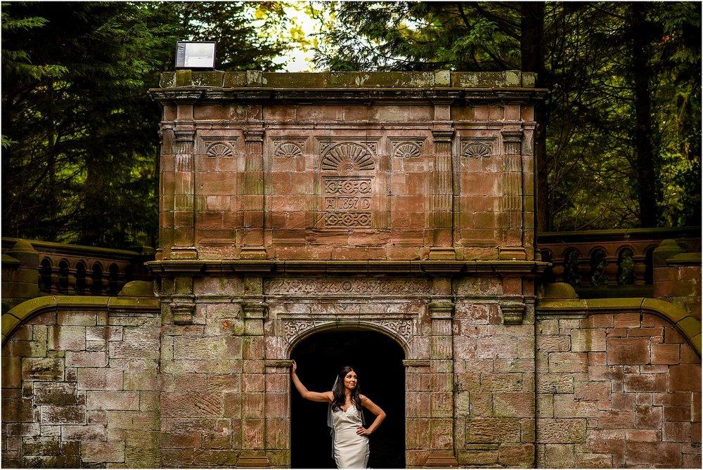 thornton-manor-wedding-photography-054.jpg