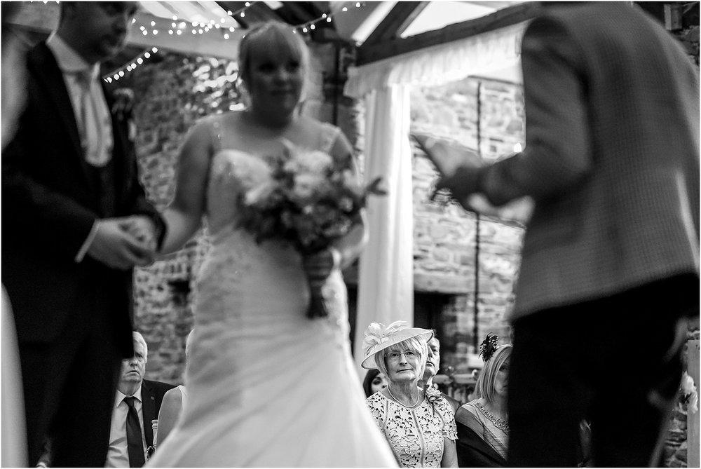 new-house-farm-wedding-photography-043.jpg