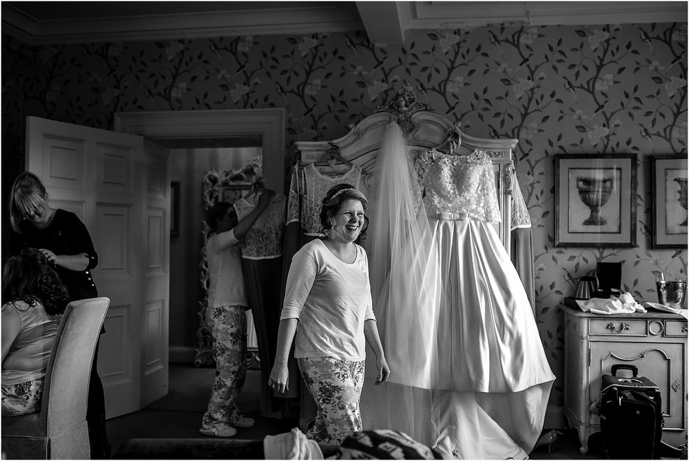 eaves-hall-wedding-photography-019.jpg