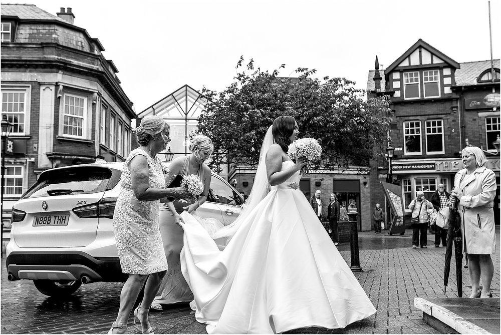 rivington-hall-barn-wedding-027.jpg
