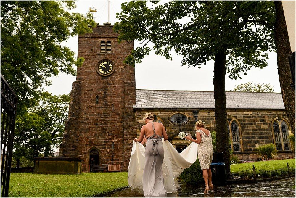 rivington-hall-barn-wedding-028.jpg