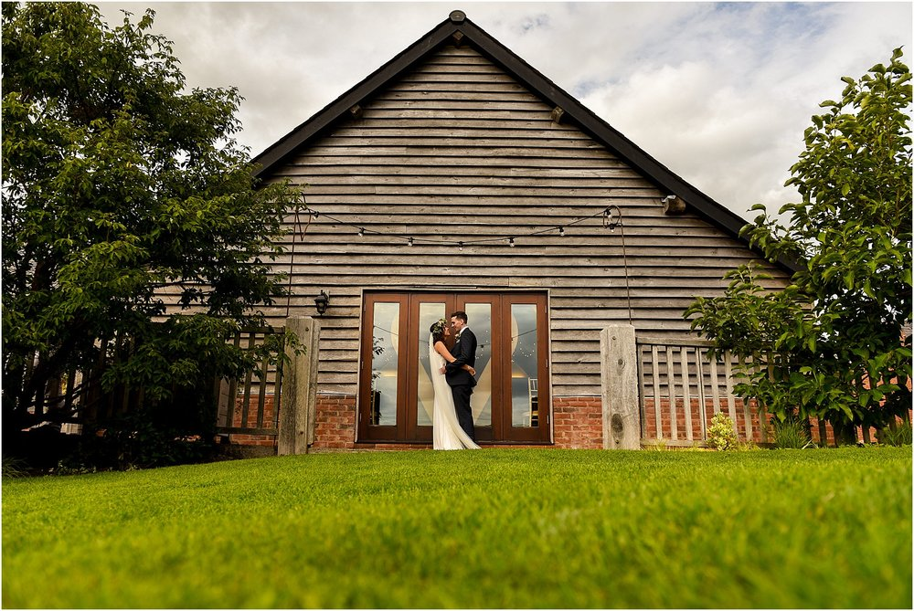 sandhole-oak-barn-summer-wedding-43.jpg