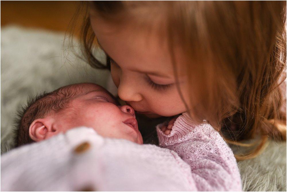newborn-family-photography-08.jpg