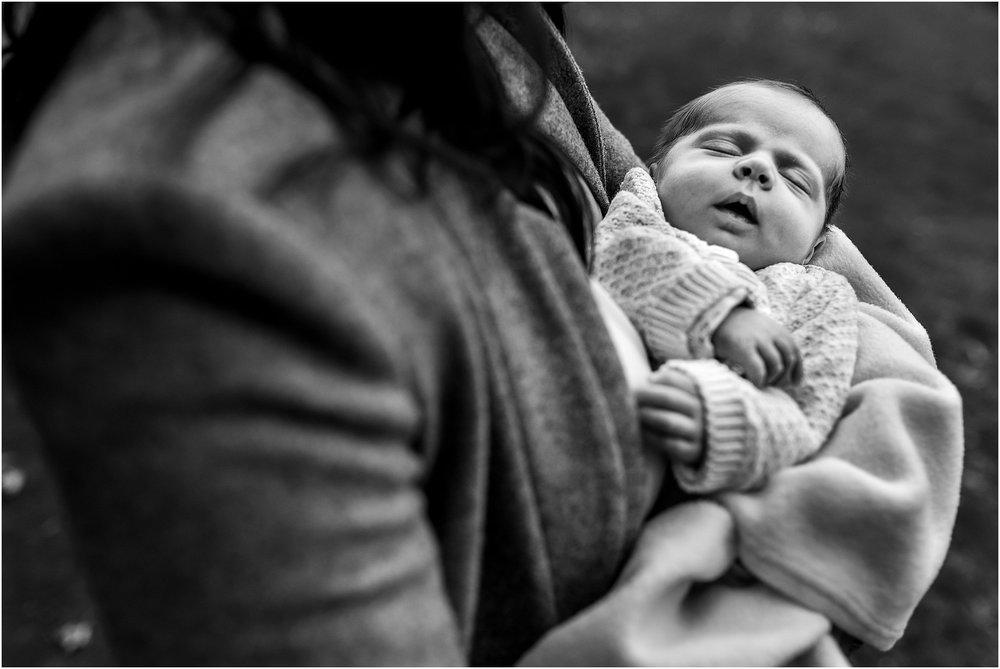 newborn-family-photography-39.jpg
