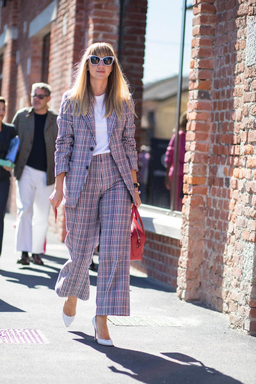 14-milan-fashion-week-spring-2018-street-style-day-1 (1).jpg