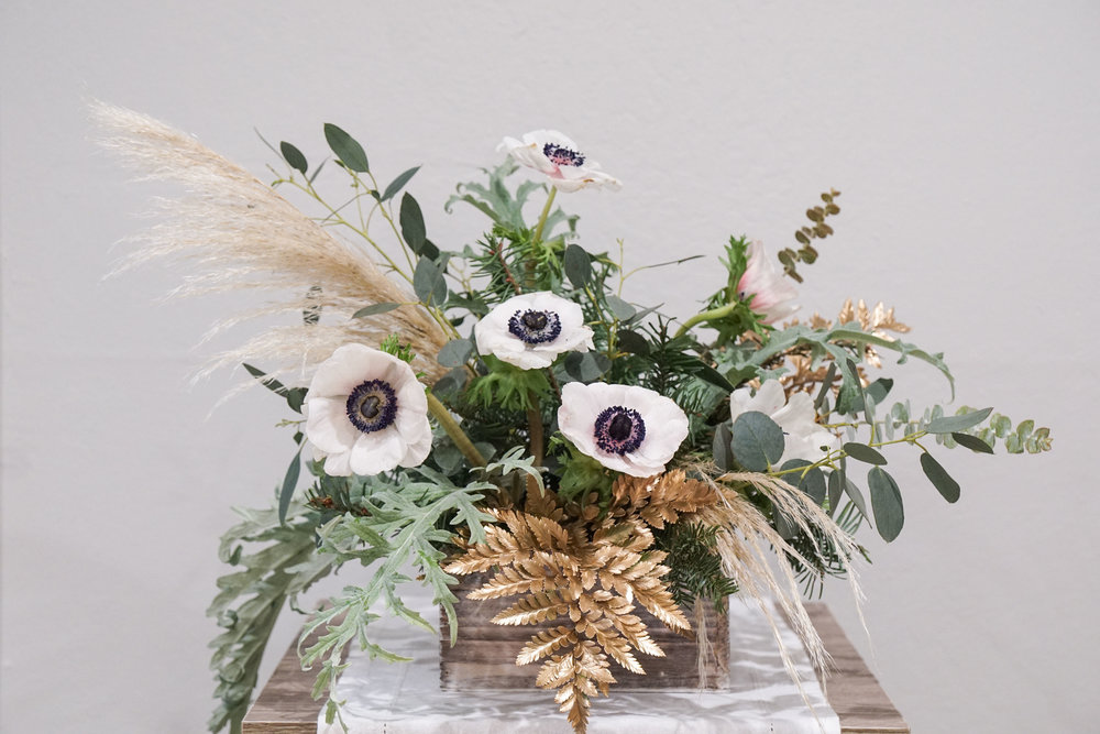 Modern Holiday Tabletop Ideas_Calla Hill Florist-09462.jpg