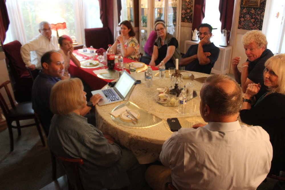 Maplewood Residents Ages 9 to 90 Hash Out Political Divide on Elmwood Avenue – Village Green