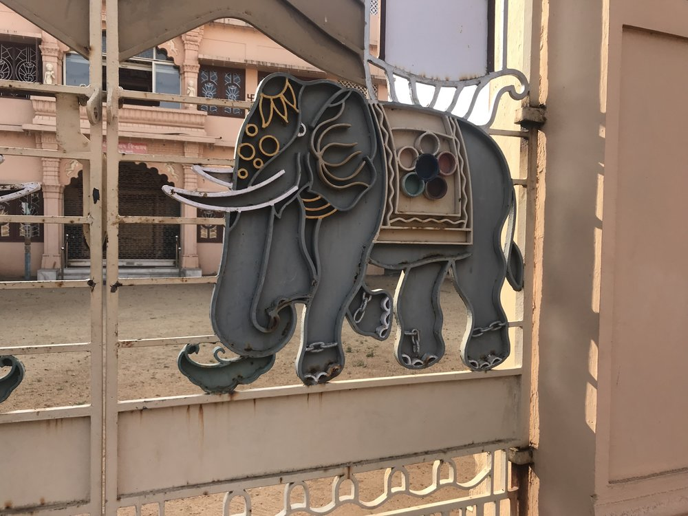 Spotted another elephant on the gates to the Jain temple in Fort Kochi. Unfortunately, we arrived too late to actually enter the temple.