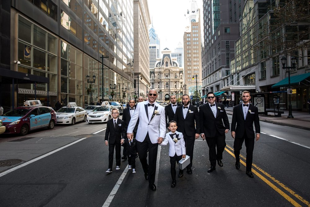groomsmen photos ideas
