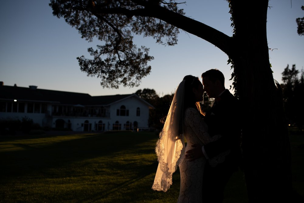 bride and groom photos greate bay country club wedding