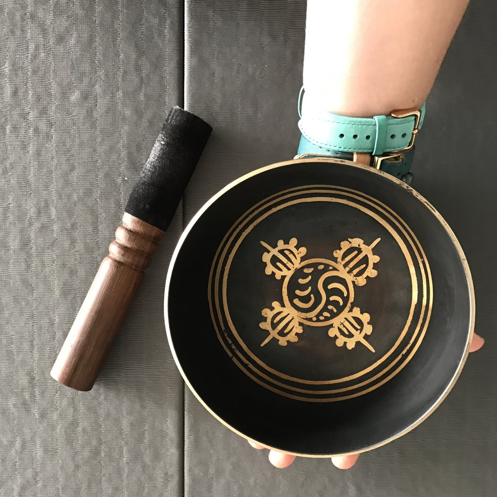 My new singing bowl, in the key of A, to help open up the third eye chakra and connect to intuition - a key part of the wild woman archetype.