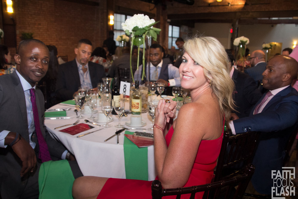 SARAH HASTED AND CURTIS MARTIN AT MOVING MOUNTAINS DINNER