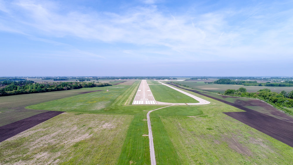 Runway 25 approach view at Whiteside County Airport.